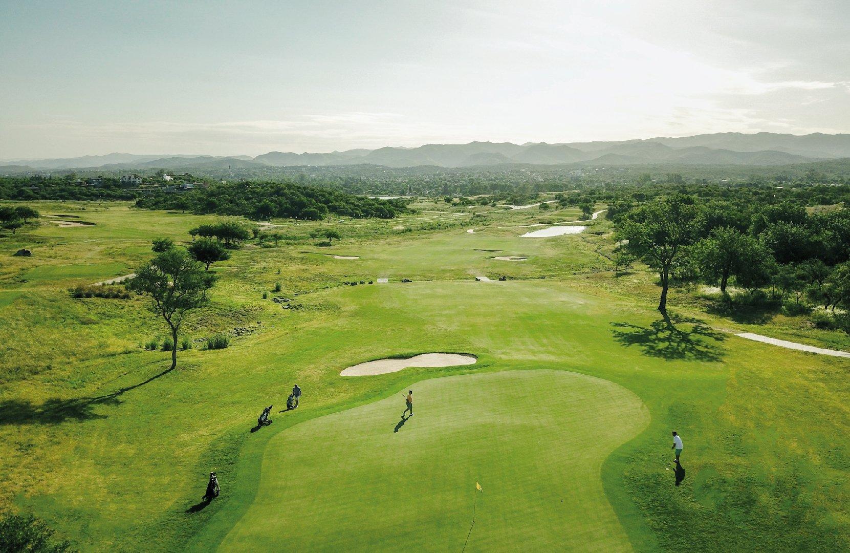 Lee más sobre el artículo Temporada alta para el golf en Córdoba: cuáles serán los próximos torneos